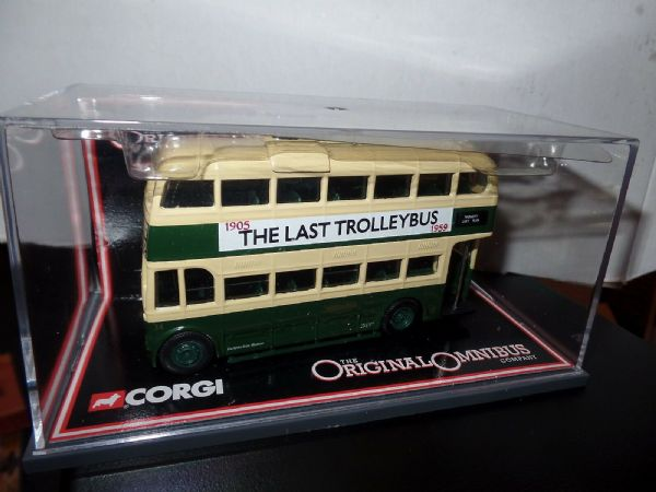 Corgi OOC 40106 Weymann Last Trolleybus Maidstone & District Hastings MIMB